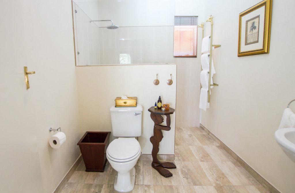Deluxe Room en-suite Nguni Lodge, Victoria Falls